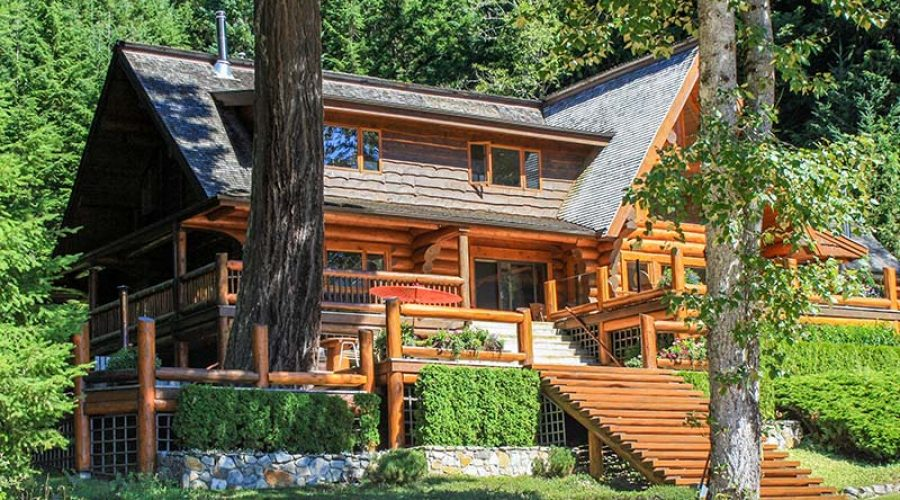 Misconceptions About Log Homes | Cascade Handcrafted Log Homes