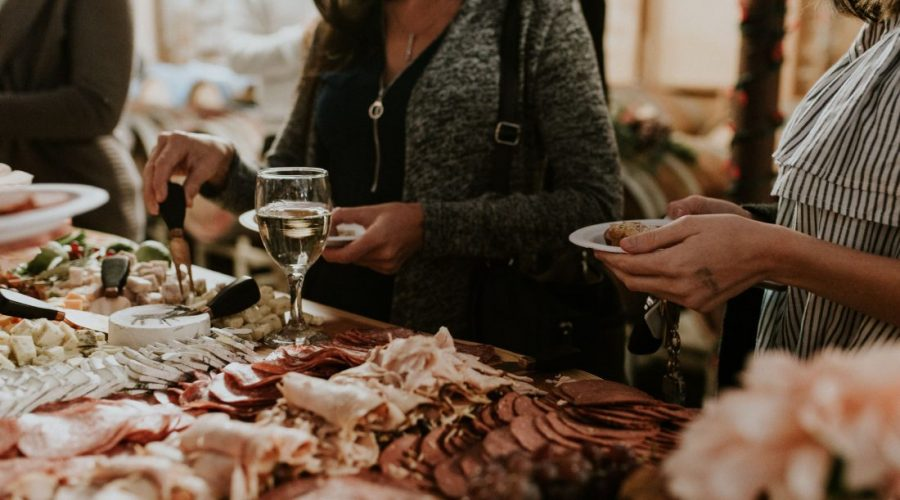 HOLIDAY PARTY ESSENTIALS – Tourism Chilliwack