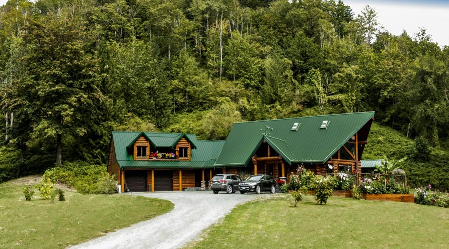 Living Off-Grid In A Log Home – News